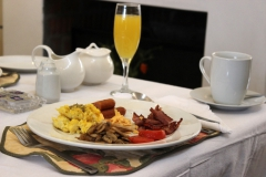 Auriols-Guest-House-Breakfast